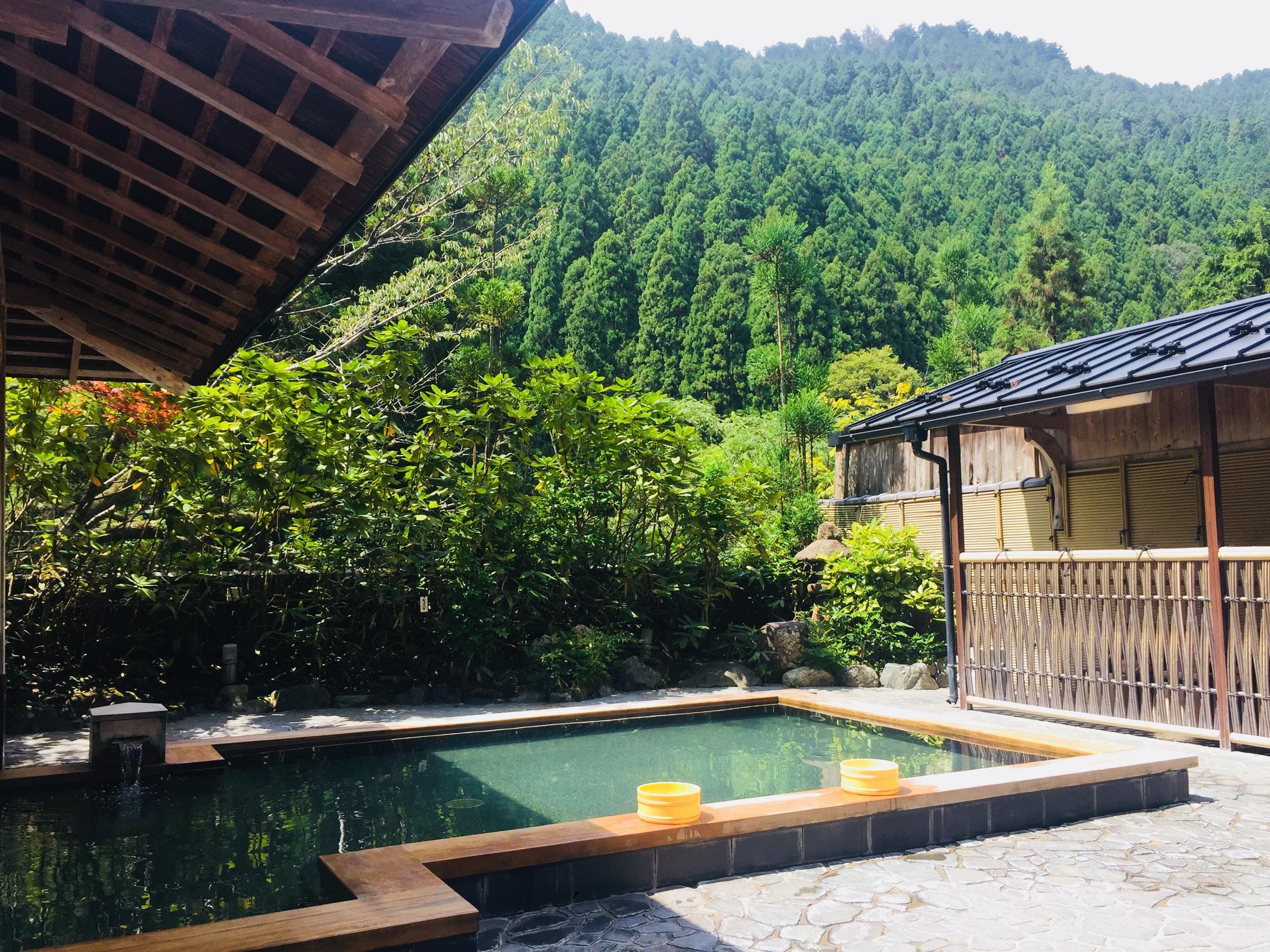 Onsen di  Kurama, la vasca per le donne