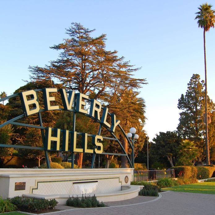 la scritta Beverly Hills