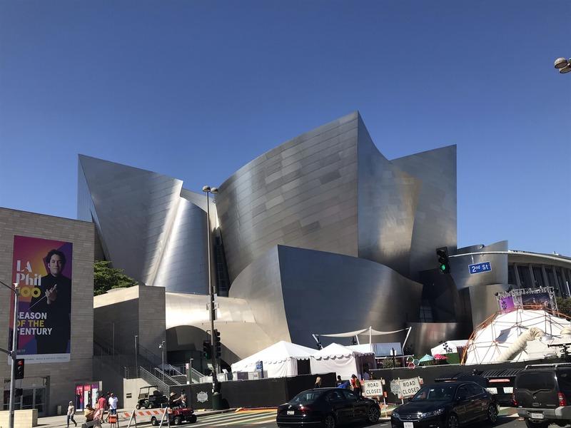 L'esterno della Disney Concert Hall di Frank Gehry