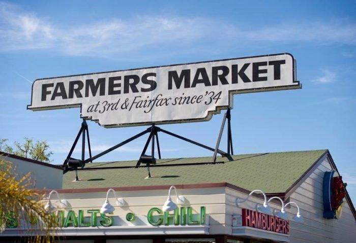 L'insegna del Farmer's Market a Farifax