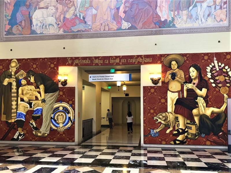 Murales all'interno della Public Library di Los Angeles
