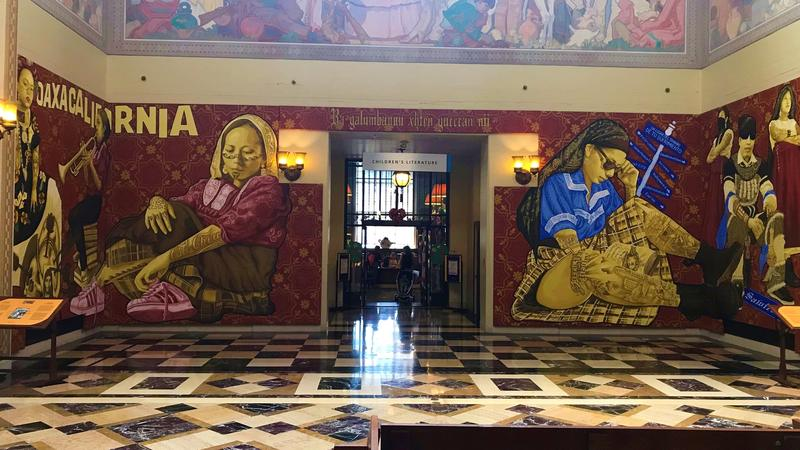 Ancora murales all'interno della Public Library di Los Angeles