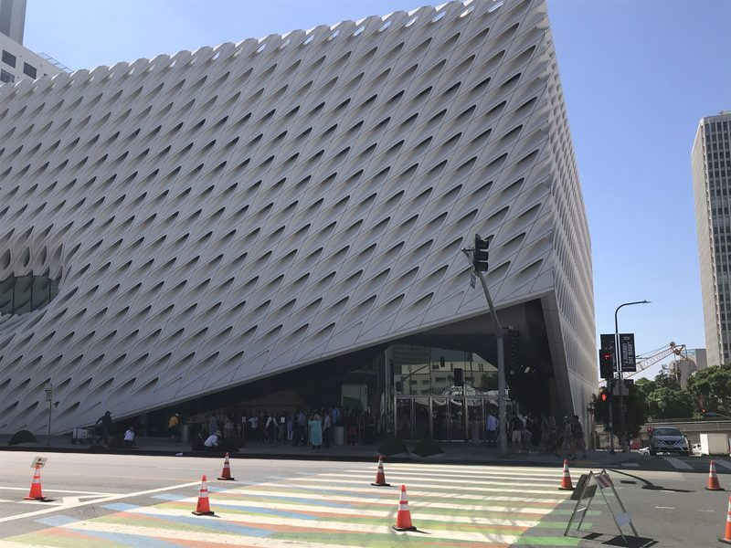 L'esterno del Museo The Broad, museo di Arte Contemporanea