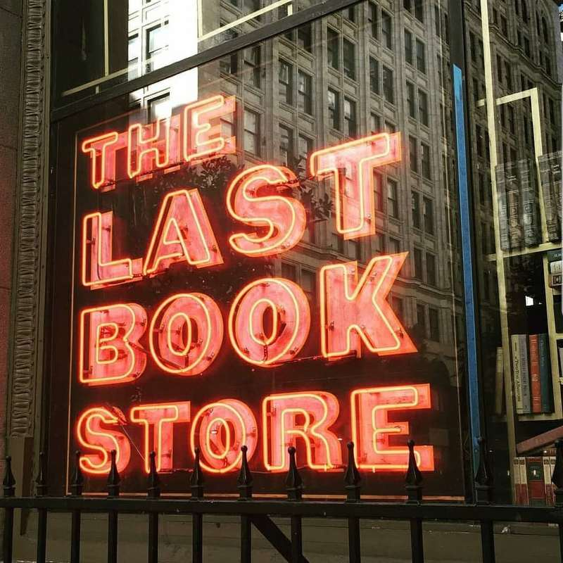 L'insegna di The last bookstore a Downtown L.A.