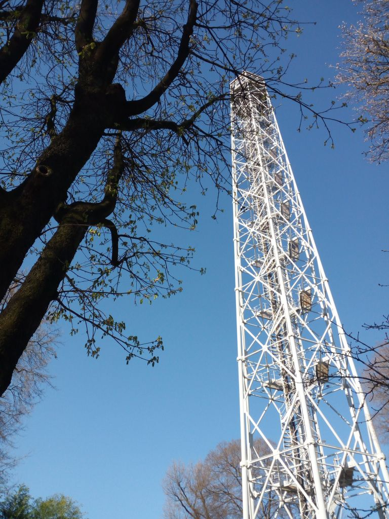 la torre Branca al Parco Sempione