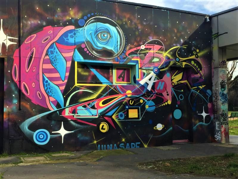 Murales di Luna al centro sociale Barrio's, Barona.