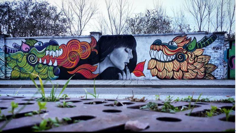 Chiara Loca, murales lungo la ferrovia di Greco Pirelli