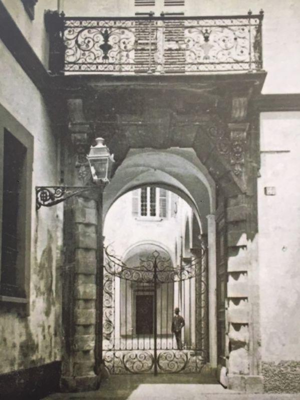 il portone del palazzo dei gorani prima dei bombardamenti