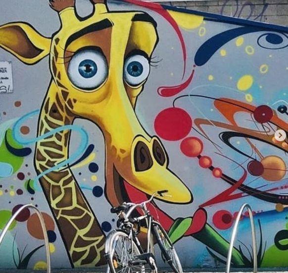 Luna, murales ai giardini Nei di Monza