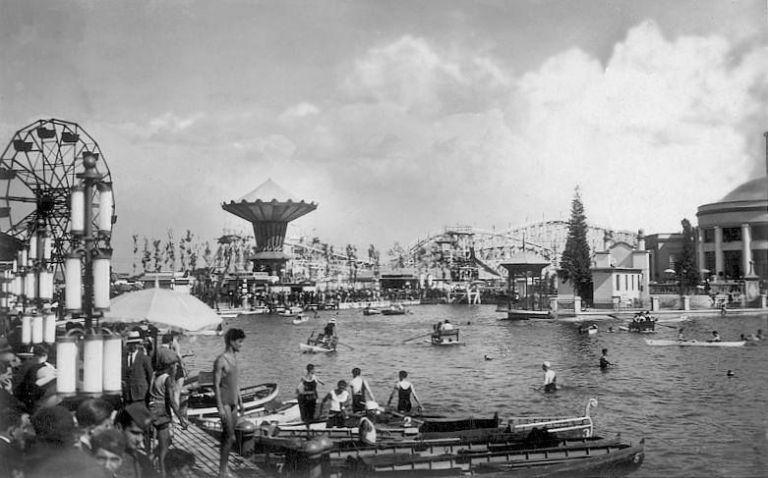 Il Lido con il Luna Park