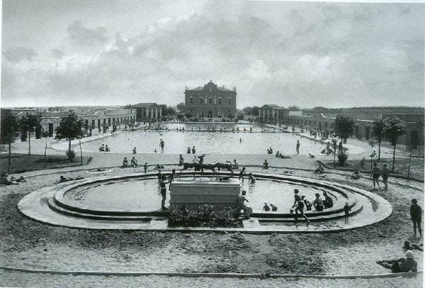 La piscina Guido Romano in una foto d'epoca