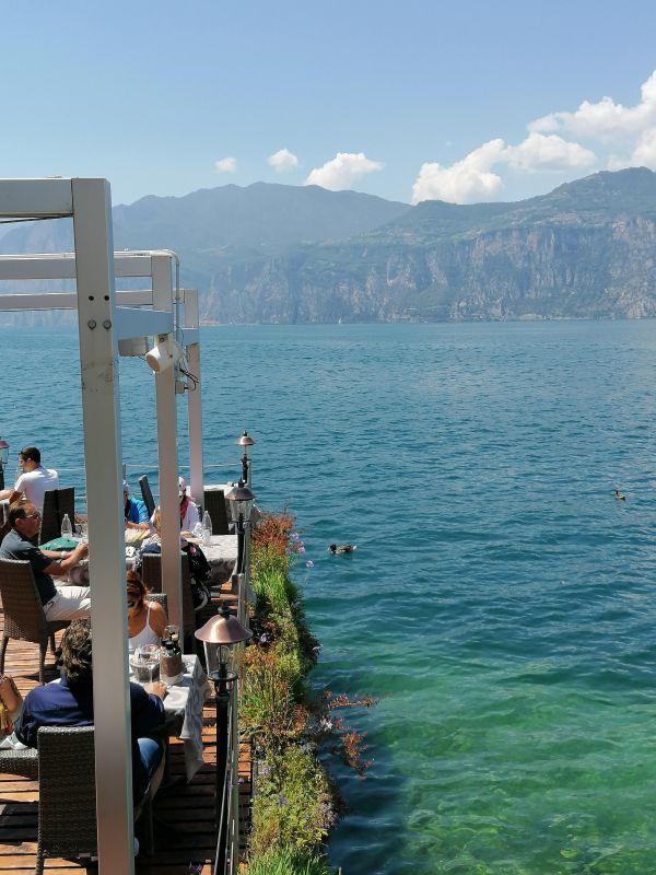 Il ristorante Nikolas a Malcesine, vista lago