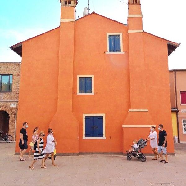 Caorle, casa nella piazza principale