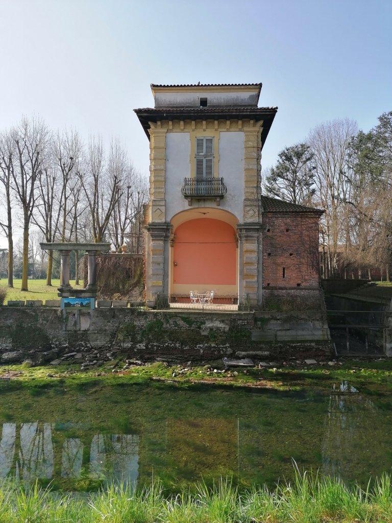 Villa Gromo di Ternengo, il particolare imbarcadero