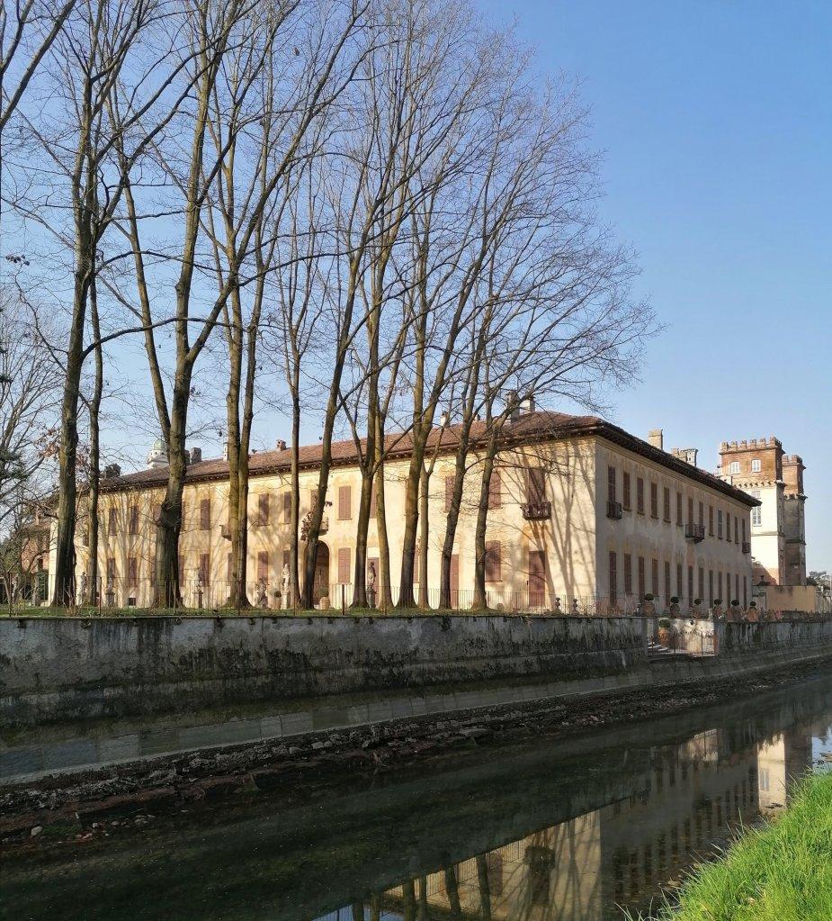 Villa Gaia vista dall'Alzaia