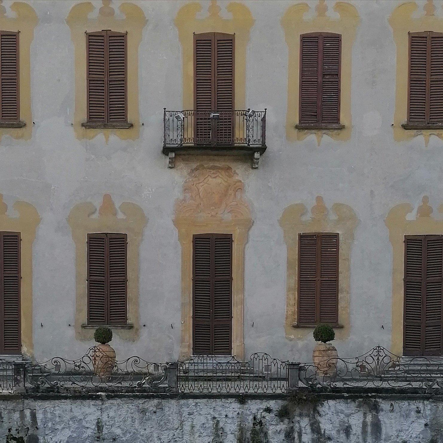 Villa Gaia, particolare della facciata