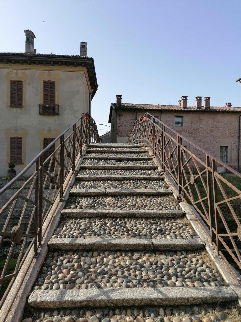 Ponte degli scalini, particolare